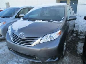 2016 Toyota Sienna LE | 8 Rider | Bluetooth | AIR | PW | PM | PL