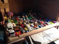 WHO LIKES VINTAGE TOYS BARGAIN POSTAGE IS £10 anywhere in UK LOOK CAREFULLY
