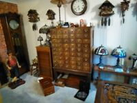 antique & collectables, clock, pew glass tiffany lamp etc