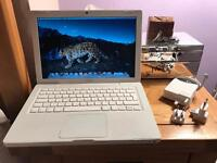 "Apple MacBook 13"" A1181, fully working"