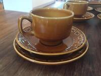 Retro Vintage Tea Set - Six cups, saucers & plates