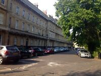 Victoria Square, Clifton Village - Lovely room with en-suite - All utility bills included