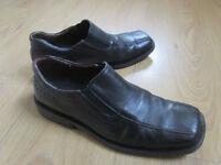 Stylish mens leather shoes, size 8