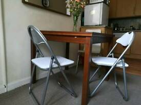 2x Folding guest chairs