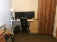 1 Bedroom to rent in a 2 bedroom apartment. Share. City centre. L1. Duke Street. Double bedroom.