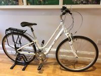 Bicycle; Ladies Giant Liv Cypress W, step-through, excellent condition