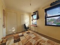 DOUBLE ROOM + WHOLE HOUSE (when host's away) for £550, ALL INCLUSIVE