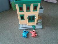 Sesame street toy with figures