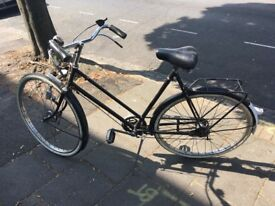 Women's Gazelle Dutch bike
