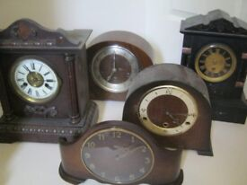 Clocks a Selection of 5 Mantle style pieces