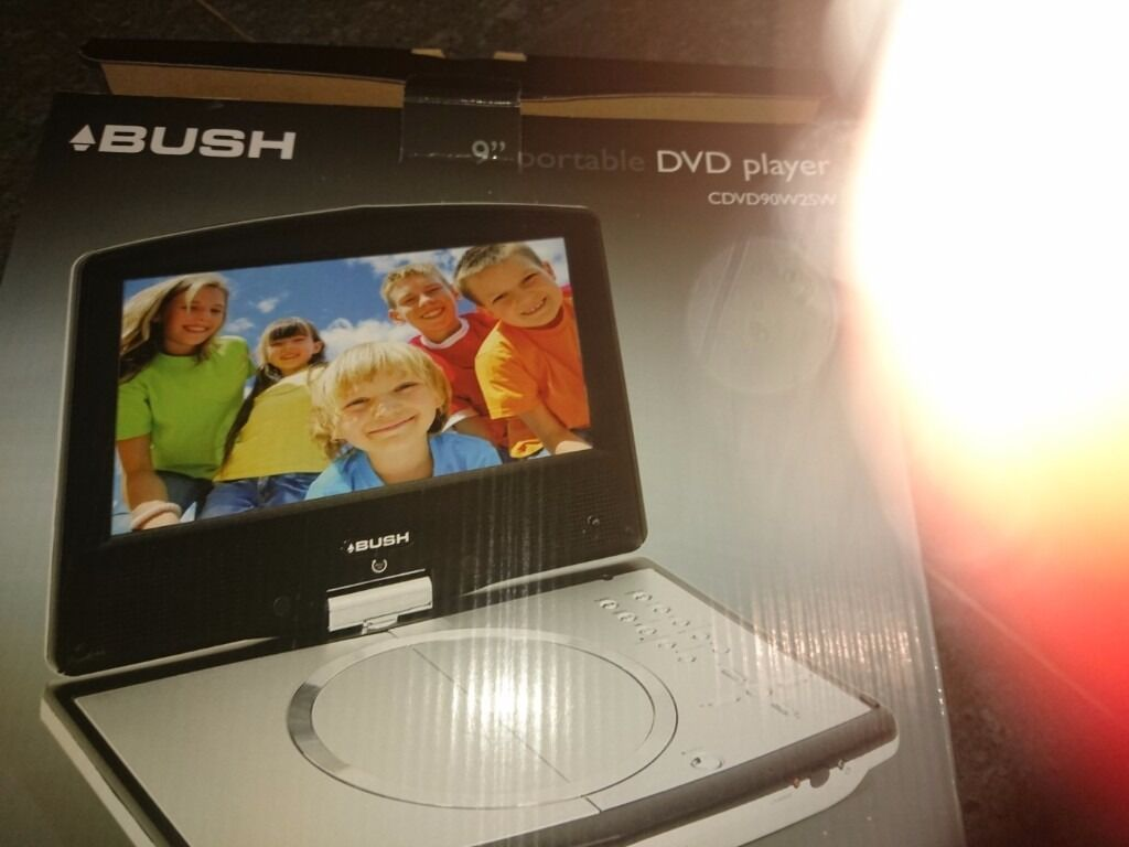 "9"" portable dvd playerin Kirkham, LancashireGumtree - Bush portable 9"" dvd player with accessories kit including carry bag for mounting on car seat, universal car power adaptor"