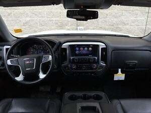 2015 GMC Sierra 1500 SLT Crew 4x4 * 6.2L V8 * MAX Trailer *
