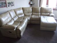 Leathercorner suite, good condition, includes two recliners