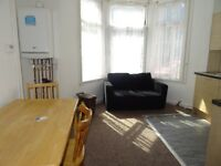 £575PCM 1bed Flat, Cathays Terrace, Cardiff CF24 4HZ
