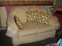 for sale a nice 2 seter sofa