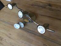 Triple chrome spotlight (+ 2 spare bulbs)