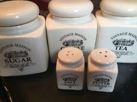 Set of 5 ceramic jars