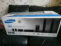 SAMSUNG SMART 3D BLURAY HOME CINEMA SYSTEM