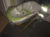 Moses basket with stand Brand new
