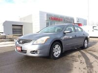 2012 Nissan Altima 2.5 S Only 72, 000 Kms!!