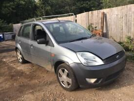 Ford Fiesta mk 6 - Breaking for all parts.