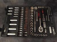 Socket tool set