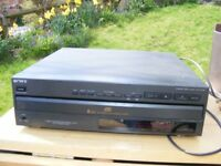 Sony 5 x CD Disc Multiplayer, Good Condition but WILL NEED CLEANING TO AVOID SKIPS!