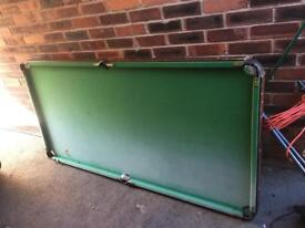 Pool table 6ft