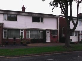 Homely,2 double bedroom, semi detached to rent. Minutes walk from the County Hospital.Desirable area