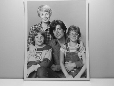 Press Photo Shirley Jones Peter Barton Tracey Gold Bret Shryer Shirley 1979