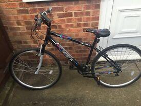 Like new hybrid bike