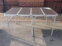 QUEST FIESTA FOLDING CAMPING TABLE ONYX LARGE ALUMINIUM -130cm x 80cm x H36-80cm