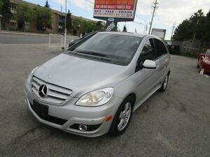 2009 Mercedes-Benz B200 LEATHER,SUNROOF ** FULLY LOADED*