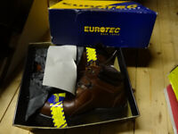 Pair of Size 9 Eurotec Work boots