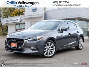 2017 Mazda Mazda3 NAVIGATION/ LOW KMS/ SUNROOF