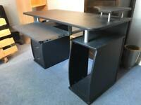 Black computer desk VGC