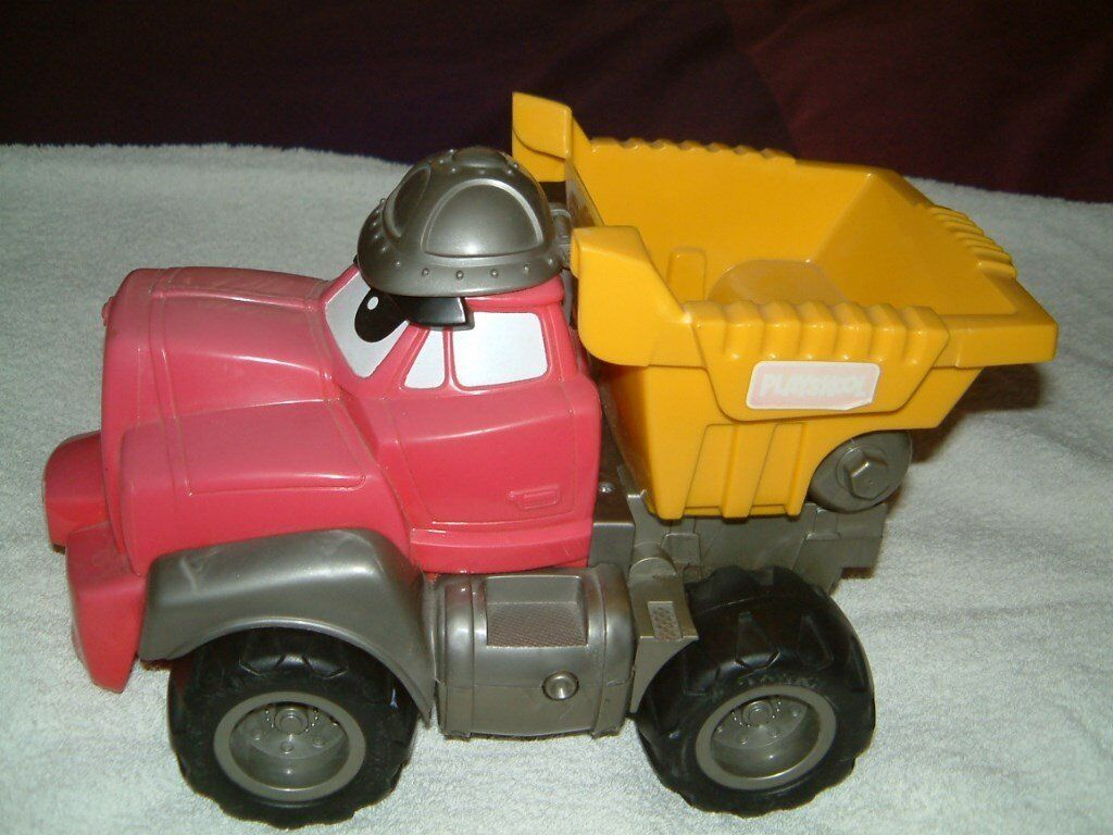 Playskool Tipper Truck, Speaks and makes various sounds clean condition