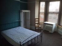 Available Now: Large Room in North End £475 pcm (bills incl.). Shared House