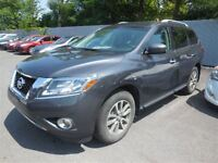 2013 Nissan Pathfinder AWD A/C MAGS