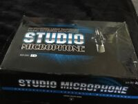 BRAND NEW PROFESSIONAL MICROPHONE