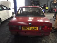 Bmw e30 318 carb m10 breaking 5 speed manual spares saloon pre facelift