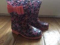 Infant size 7 girls wellies