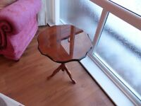Mahogany lamp/side table
