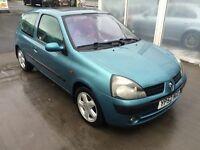Renault Clio 1.1 reg:2002