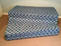 Pull-out guest beds /trundle