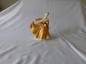 ROYAL DOULTON FIGURINES/LADIES FULL SIZE, SOLD SEPARATELY £20 EACH