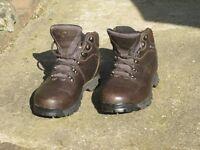 """Ladies Brasher Gore-tex """"Hillwalker"""" boots"""