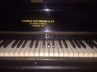 UPRIGHT PIANO THOMAS OETZMANN & CO.