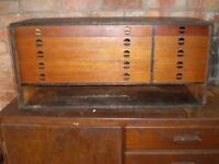 VINTAGE CARPENTERS TOOL BOX + 35 BRITISH MADE COLLECTABLE GOUGES
