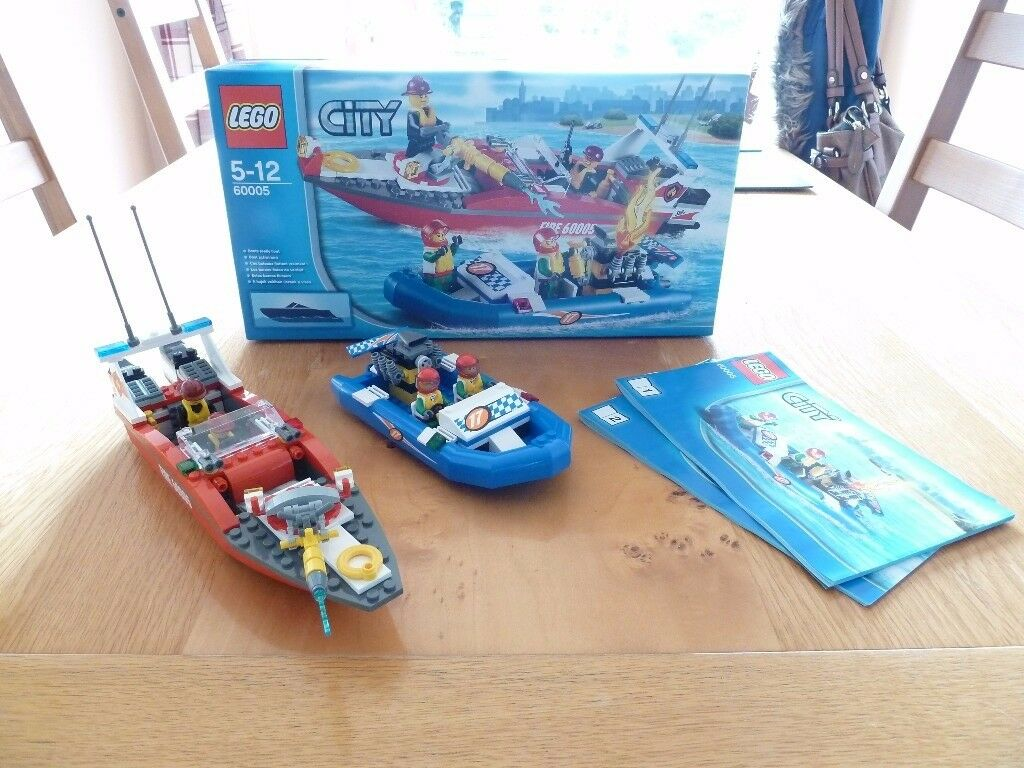 Lego City (60005) Fire Boat